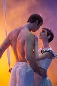 Cirque du Soleil Worlds Away Zaripov Linz