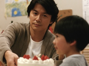 Masaharu Fukuyama in Like Father, Like Son. © 2013 FUJI TELEVISION NETWORK, INC.:AMUSE INC.:GAGA CORPORATION. All rights reserved.