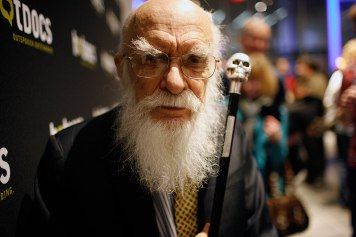 "James ""The Amazing"" Randi is the subject of ""An Honest Liar"" which documents his life as a magician"