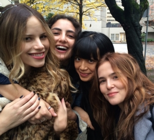 halston-sage-medalion-rahimi-cynthy-wu-zoey-deutch-in-before-i-fall